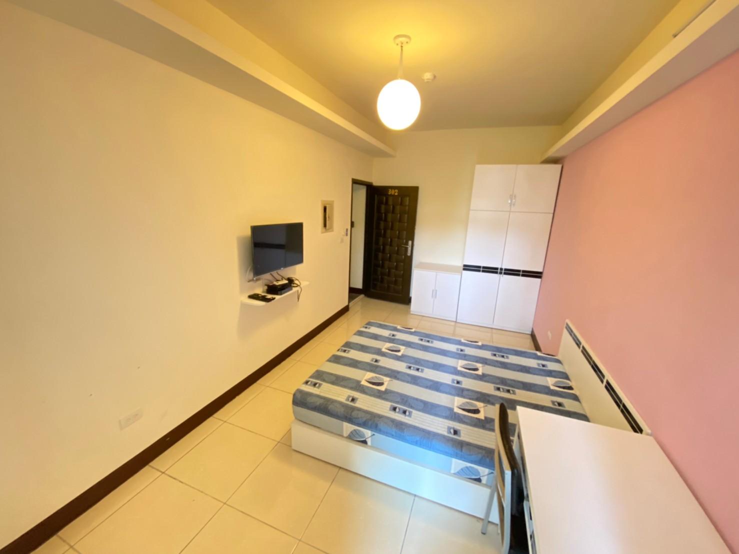 獨立陽台洗衣機電梯套房